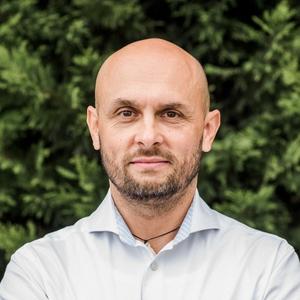 Barhács Csaba portré
